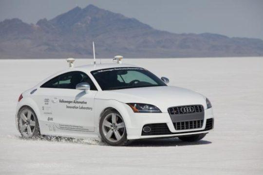 Audi-tts-robotsko-votilo