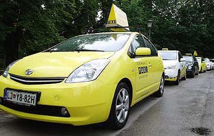 rumeni-taxi