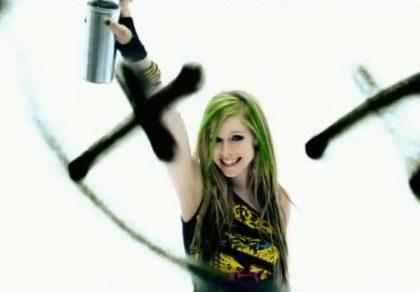 Avril-Lavigne-Smile
