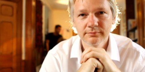 julian_assange-mastercard