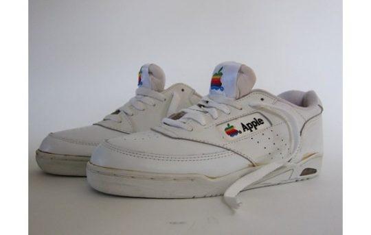 apple-sneakers-superge
