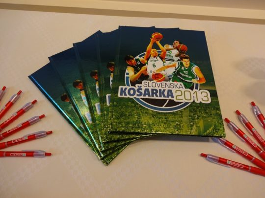 Spar-album-slovenska-kosarka-2013