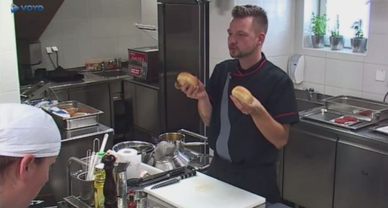 g-burger-gostilna-isce-sefa-5
