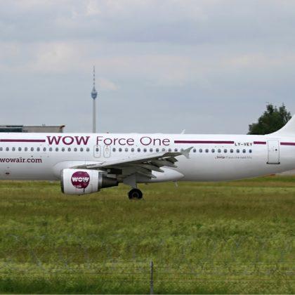 WOW_Air_Airbus_A320
