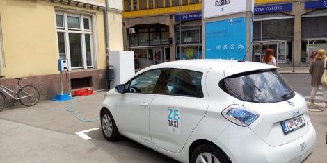 ze-taxi-4