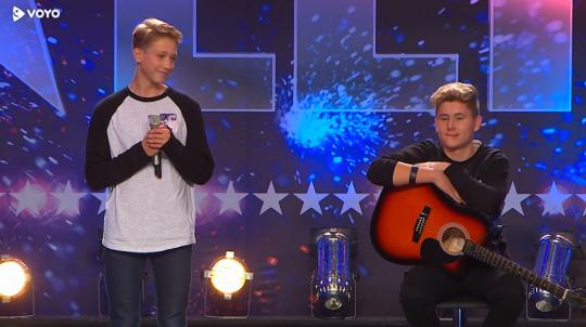 slovenija-ima-talent-2015-avdicijska-4-miha-nejc-1