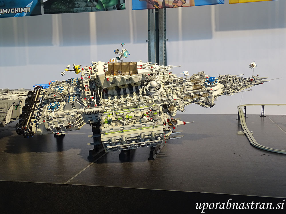 planet-kock-lego-10