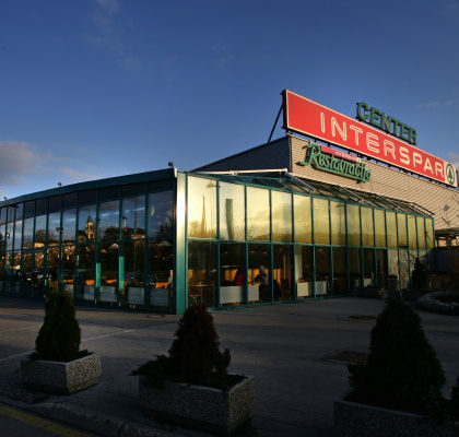Center-Interspar-Vic