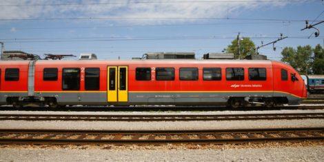 slovenske-zeleznice-vlak