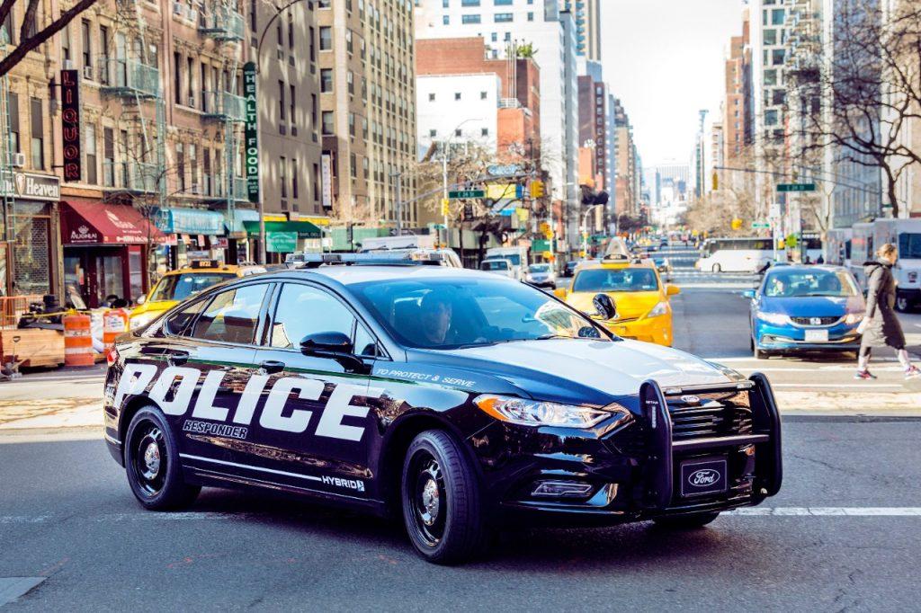 Police-Responder-Hybrid-Sedan