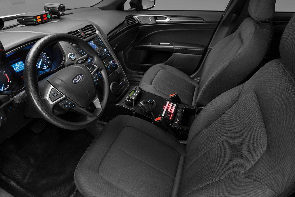 Police-Responder-Hybrid-Sedan-12