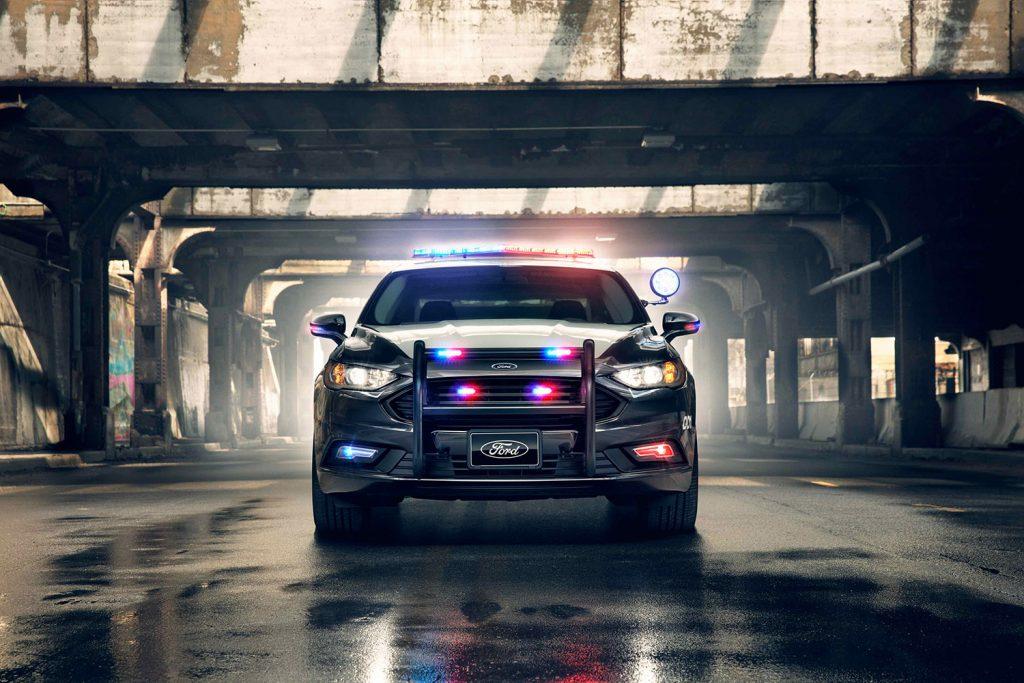 Police-Responder-Hybrid-Sedan-4