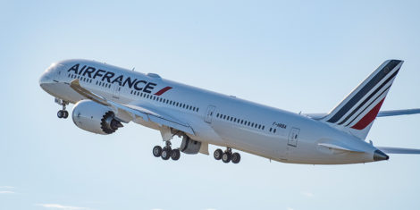 Air-France-Boeing-787-9-Dreamliner1