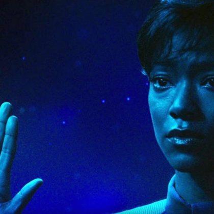 Star-Trek-Discovery-Michael-Burnham-Vulcan-live-long-and-prosper