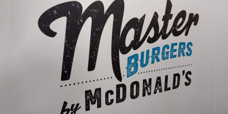 master-burgers-mcdonalds-logo
