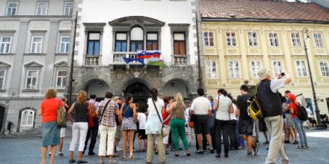 Ljubljana-turisti-1
