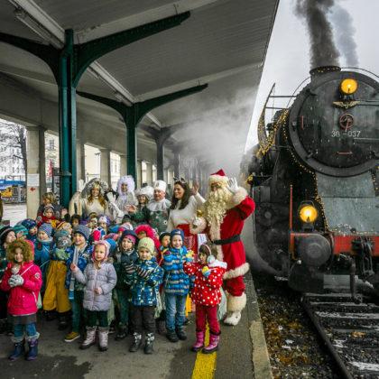 bozickov-vlak-2017-slovenske-zerleznice