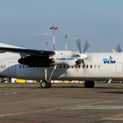 vlm-airlines-fokker-50-1