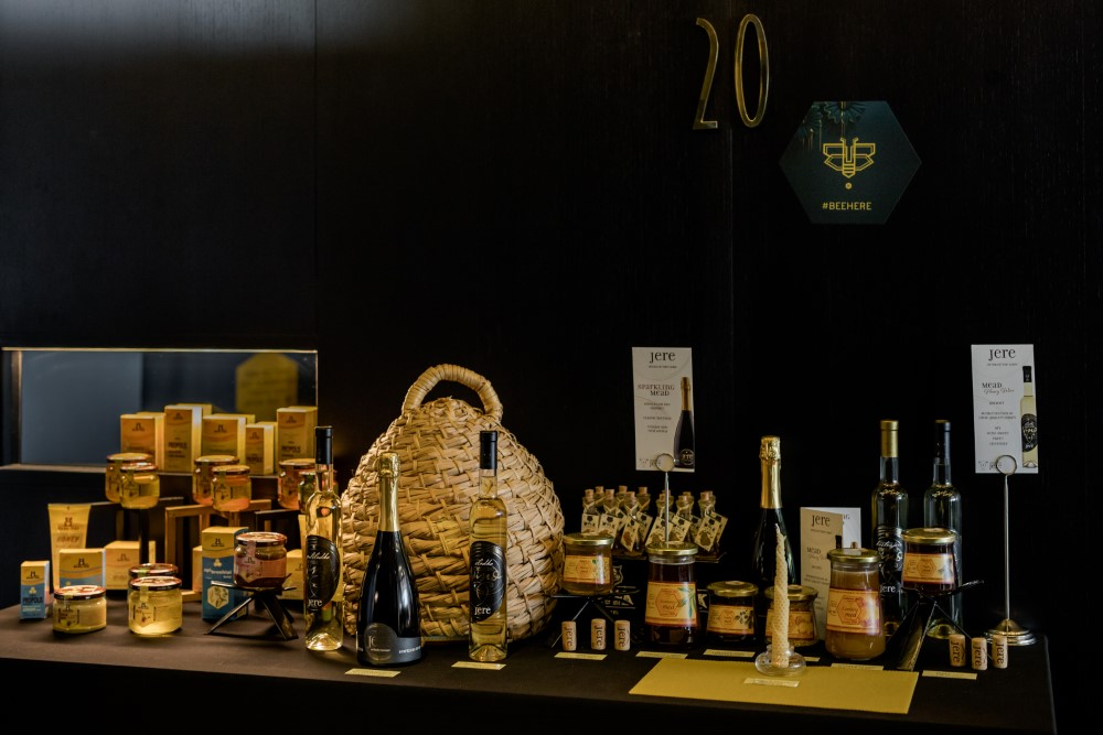 BEEInitiative@InterContinentalLjubljana_B-restaurant&bar_ExhibitionOfHoneyedProducts