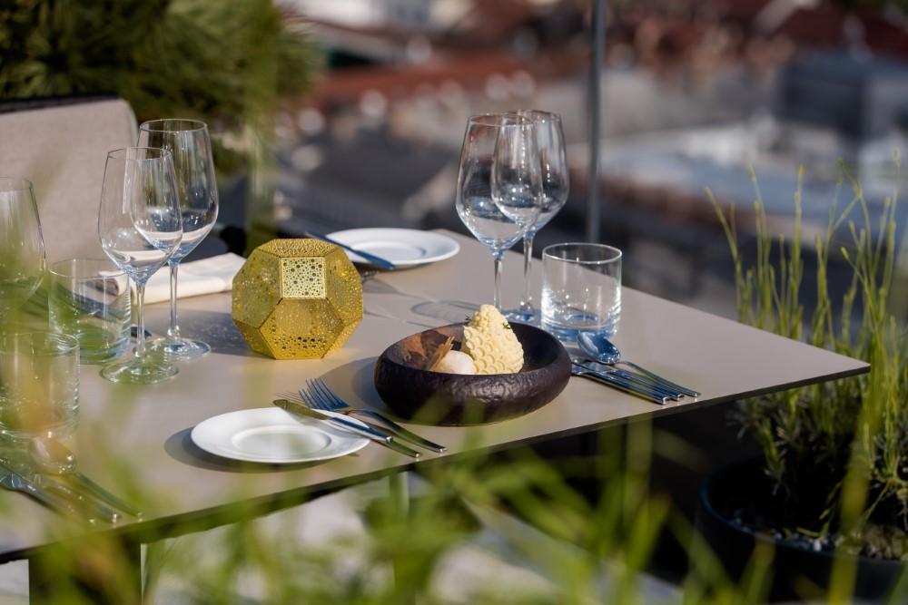 BEEInitiative@InterContinentalLjubljana_B-restaurant&bar_HoneyCake