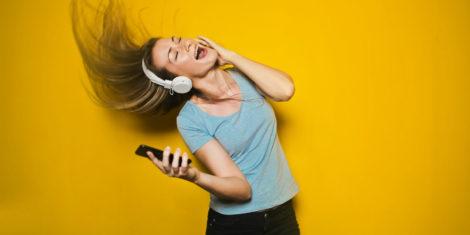 glasba-spotify-slusalke-FB