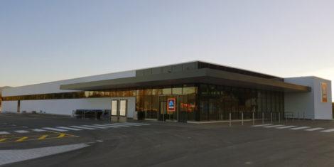 hofer-brezovica-tržaska-cesta-2-FB