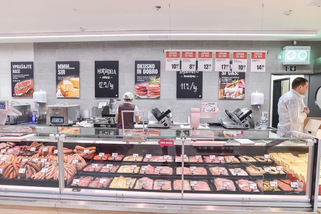 mercator-supermarket-menges-3