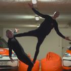 t-2-tedva-modela-fb-acrobatics-filip-blaz