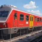 vlak-slovenske-zeleznice-sz-715-kanarcek