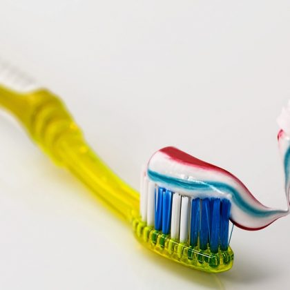 zobna-scetka-ustna-higiena