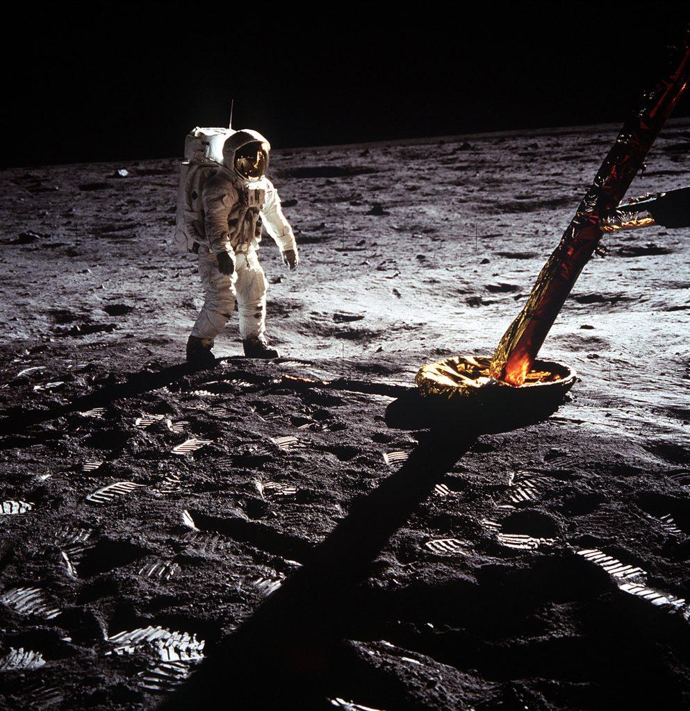 Apollo-the-Forgotten-Films_Apollo-pozabljeni-posnetki-discovery-channel-2