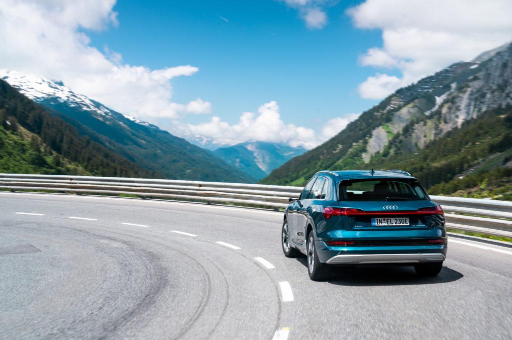 Audi-e-tron-55-Quattro-3