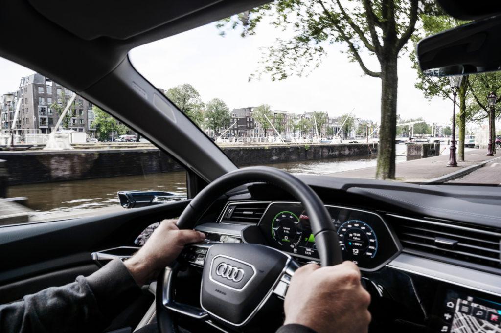 Audi-e-tron-55-Quattro-6