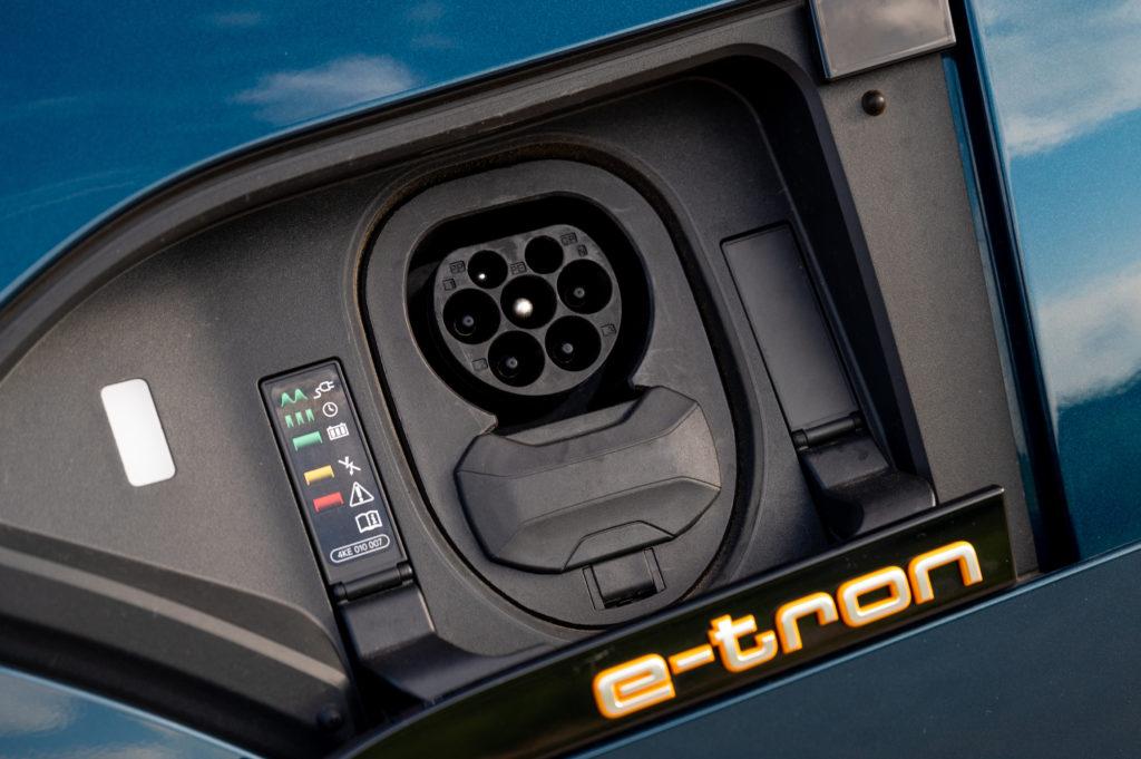 Audi-e-tron-55-Quattro-7