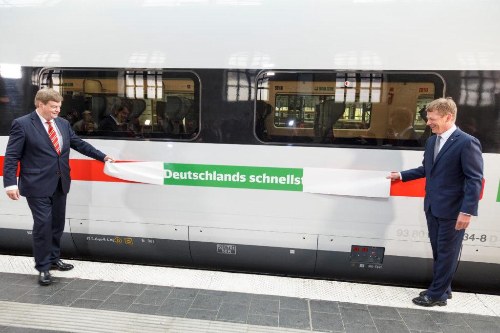 Deutsche-Bahn-DB-Gruener-ICE-vlak-1