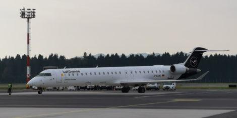 Lufthansa-CityLine-Bombardier-CRJ-900-ljubljana-oktober-2019-D-ACNC-3-FB