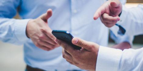 mobilni-telefon-prispevki-za-socialno-varnost