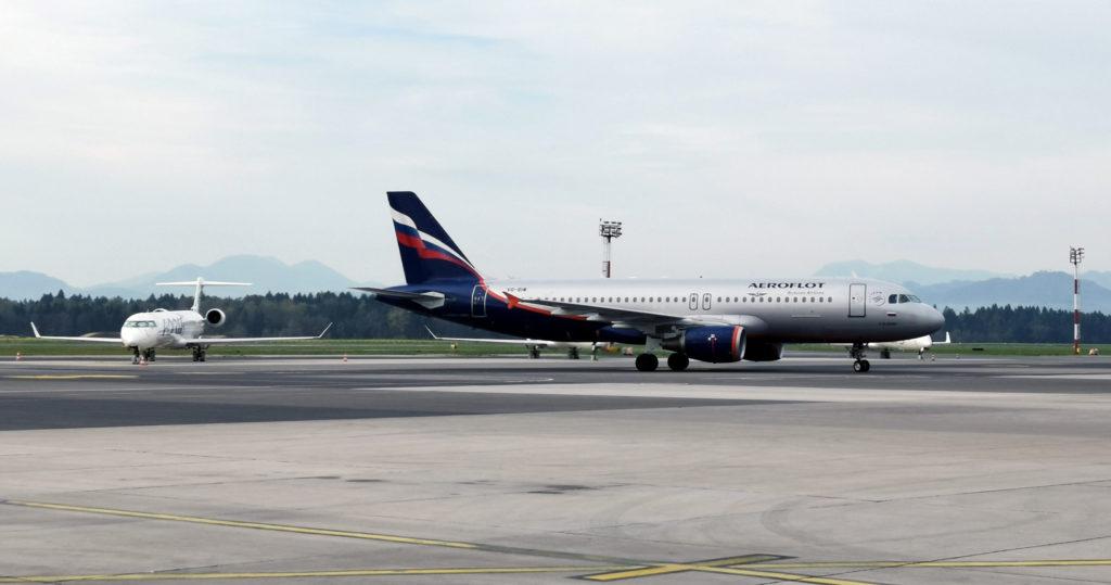 aeroflot-ljubljana-letalisce-brnik-VQ-BIW-Airbus-A320