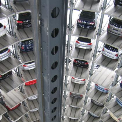 avtomobili-garazna-hisa