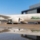 alitalia-boeing-777