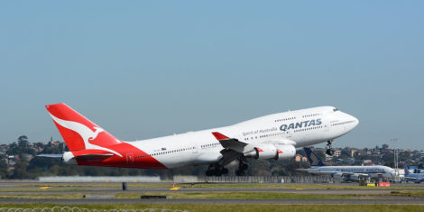 Boeing_747-400-Qantas_Airways