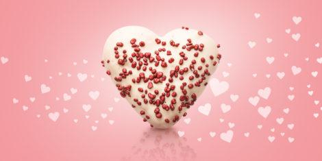Valentine-donut-McDonalds-Slovenija-krof-v-obliki-srca-valentinovo