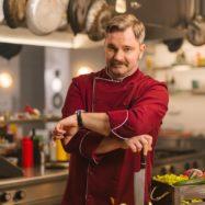 Ja, Chef igralci Jurij Zrnec