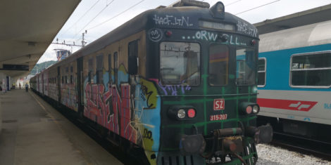 Vlak Gomulka Slovenske Železnice SŽ 315-207 se dokončno poslavlja