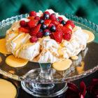 Kavarna Zvezda Kongresni trg pavlova torta